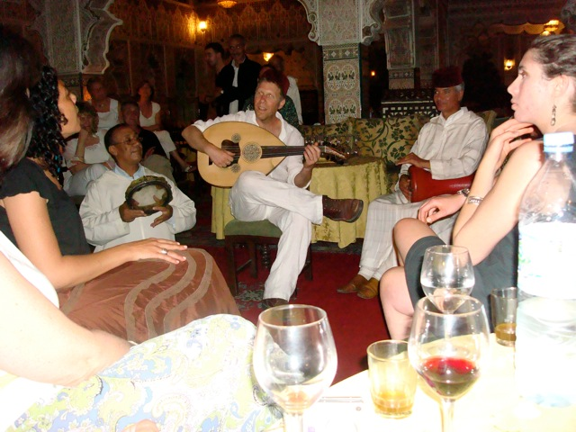 Yuval playing with the Andalusian musicians